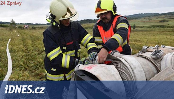 Při největším cvičení na Karlovarsku hasiči oheň ani nepotřebovali
