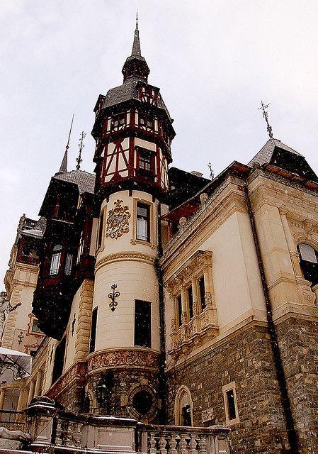 Peleş Castle was built in 1875 in Sinaia, Romania