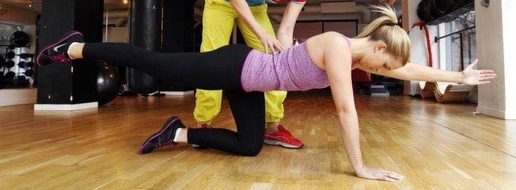 12 minuters regelbunden träning. Det kan vara lösningen för att få bukt med ryggsmärtorna. - Det behövs väldigt lite för att hålla ryggen i skick och få ordning på smärtorna, säger Cecilia Belin, legitimerad sjukgymnast.