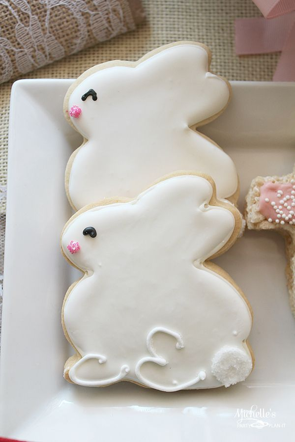 Easter Cookies - Bunny Cookies perfect for a Spring Party!