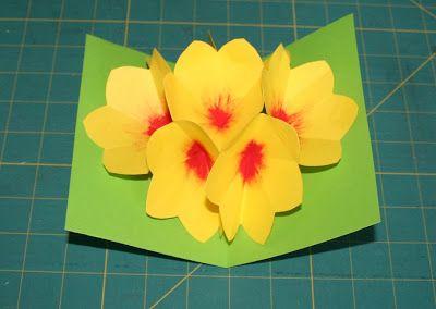 quand je crée: tuto comment faire une carte pop up fleur                                                                                                                                                                                 Plus