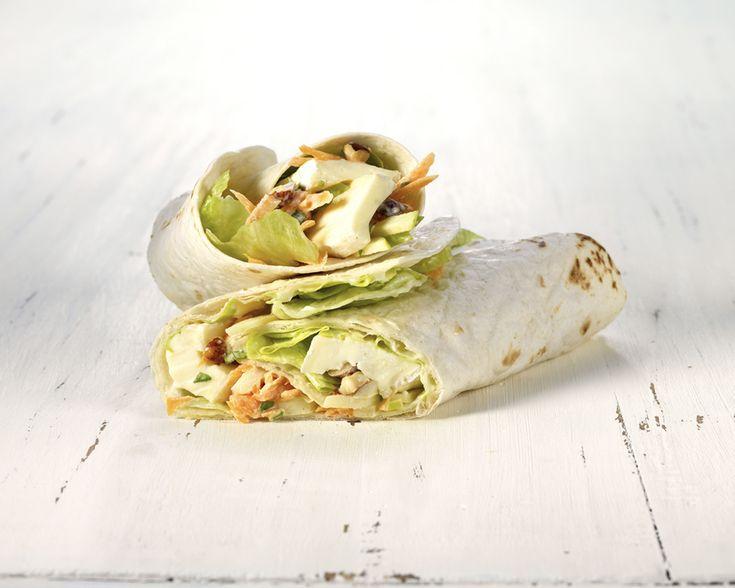 Een Mexicaanse wrap kon niet ontbreken in onze gewaagde broodjes Plezier. Beleg de tortilla met Président Brie en een mengeling op basis van appelreepjes, geraspte wortel, ijsbergsla, verse dragon, gehakte hazelnoten en een dressing van mayonaise en yoghurt. Iets meer werk maar het is de moeite waard!