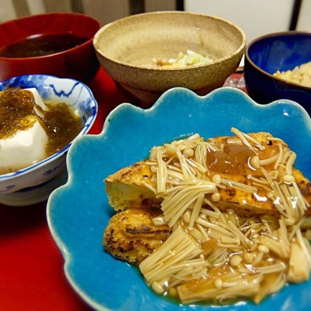 Deep-Fried Tofu with Enoki Mushroom Thick Sauce flavored Ume Plum, Tofu with Mozuku Seaweed, Natto, Egg, Sea Lettuce Soup, Bamboo Shoots Rice - 18件のもぐもぐ - 2015/04/18 お夕飯厚揚げとがんもどきのステーキ梅生姜えのきあんかけ、もずく冷奴、納豆、卵、あおさのお吸い物、筍ご飯 by kayorina
