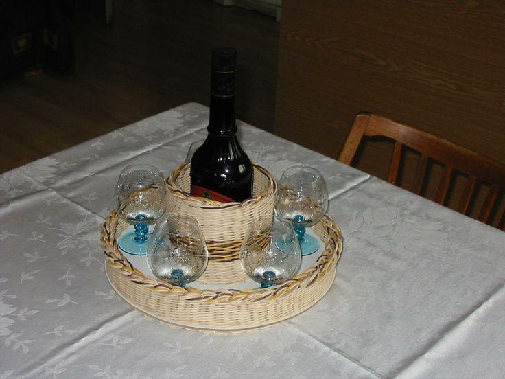 tác na sklenky a lahev