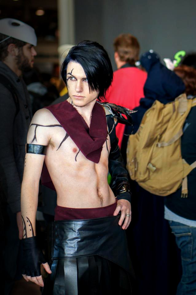 A genderbend cosplay of Dragon Age's Morrigan. Wonder if a female Warden would be more likely to go through with the Dark Ritual if it involved her and a male Morrigan. ~Morrigan Cosplay Genderbend by Aicosu