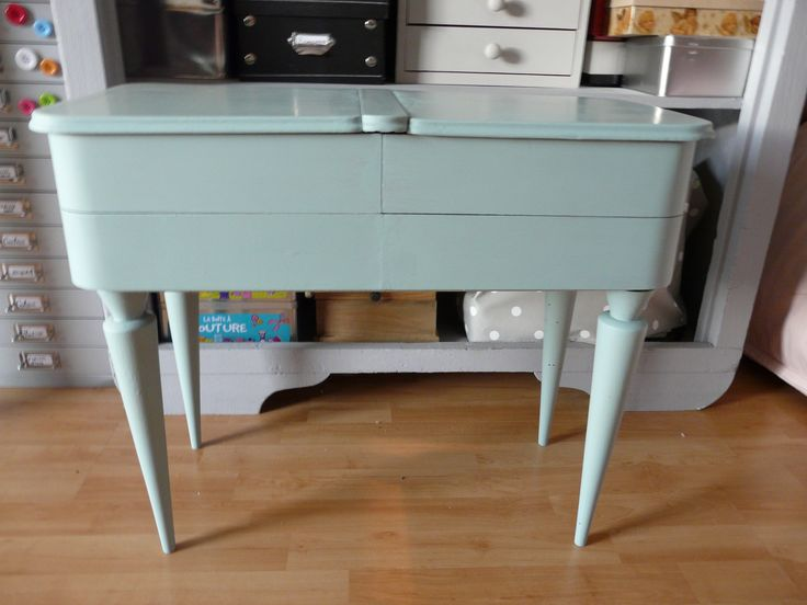 travailleuse bois repeinte couleur cume meubles g pinterest travailleuse repeindre. Black Bedroom Furniture Sets. Home Design Ideas