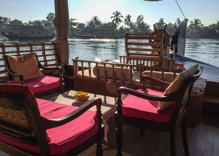Boutique houseboat in Alleppey, Kerala - India. www.ayanashouseboats.com