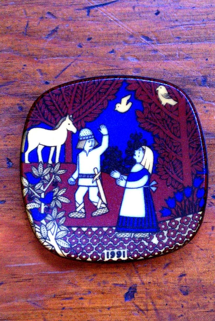 Vintage Arabia Finland Annual Kalevala Mini Plate