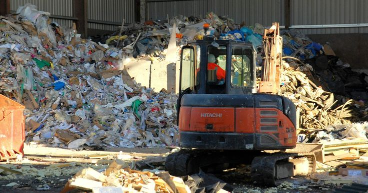 Commercial Recycling now provide its clients with a complete range of waste disposal solutions that includes zero waste to landfill services and hazardous waste processing.