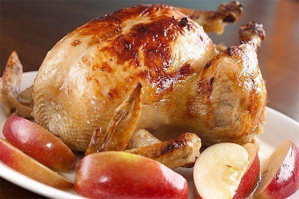 Курица с яблоками
