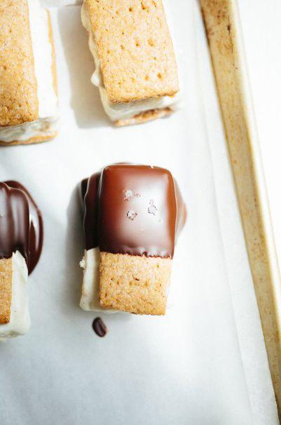 toasted marshmallow ice cream sandwiches