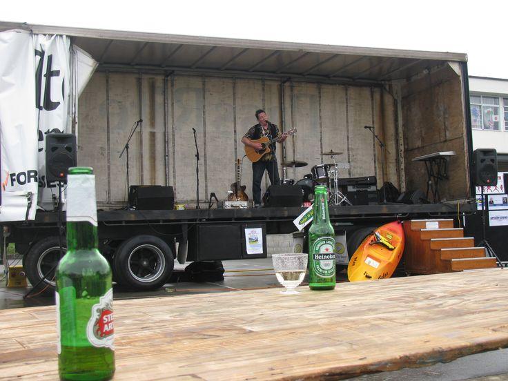 Graham Brazier solo performance Nov 2011