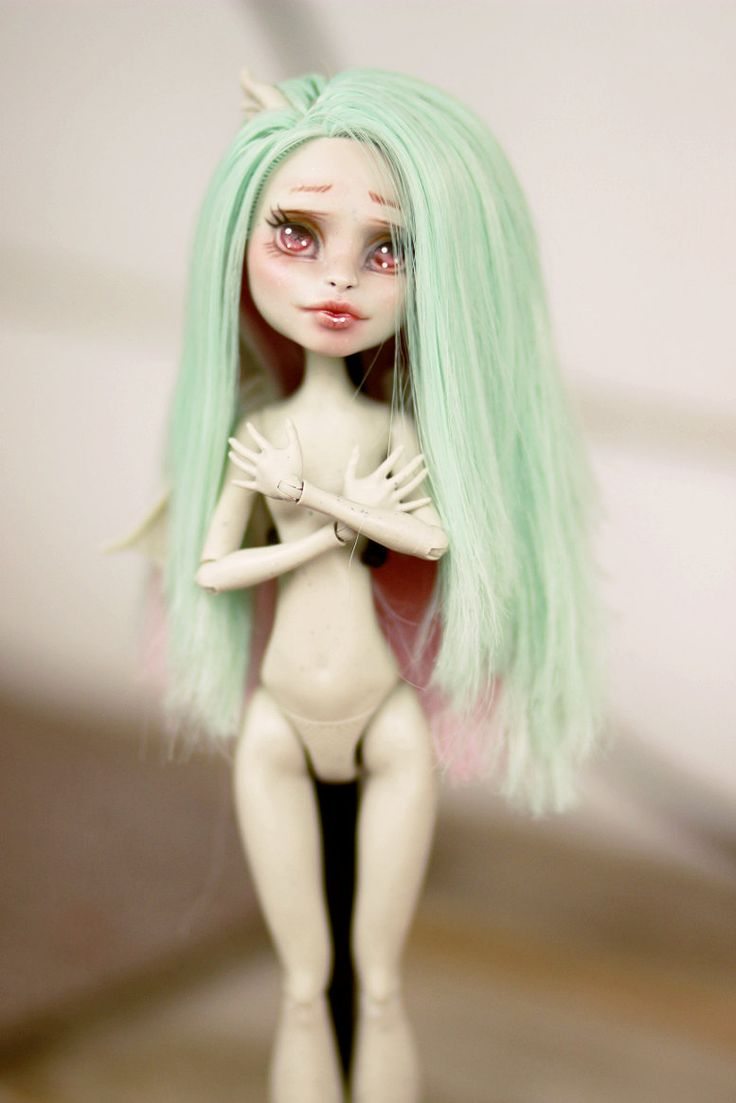 OOAK Rochelle Goyle Repaint Monster High Doll by TeaLeafsCreations