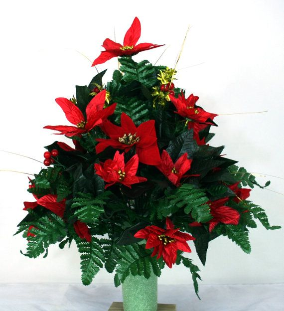 Beautiful Red Poinsettia S Christmas Cemetery By