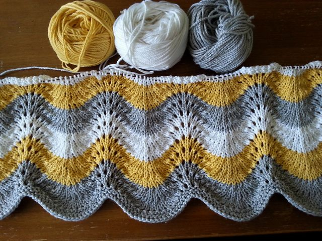 Ravelry Aprilinparis Feather Amp Fan Baby Blanket In Spud