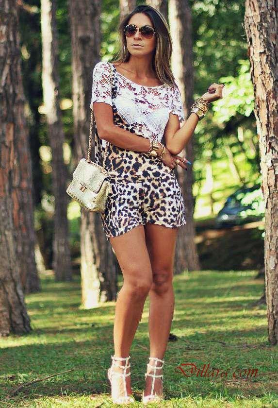 c9b6b9fd3d7a7 Günlük Şort Kombinleri; Kahverengi Leopar Desenli Kısa Şort Tulum Beyaz  Dantel Bluz Beyaz Stiletto Ayakkabı #kombin #blouse #klei…