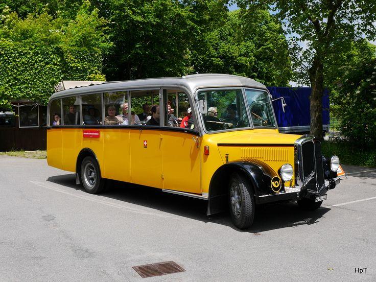 Postauto - Berna Oldtimer unterwegs in Schwarzenburg am 30 ...