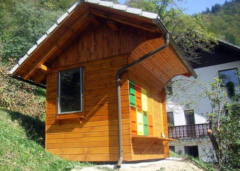 Slovenian Bee Houses Google Search Apiarium Imkerei