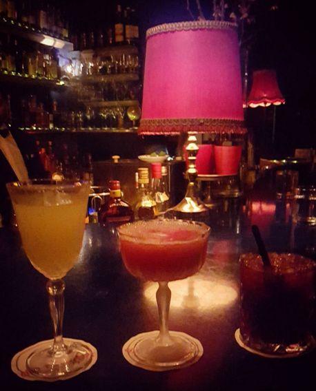 Die Rote Bar | 14 Bars in Frankfurt am Main, in denen Du einen Drink genommen haben musst