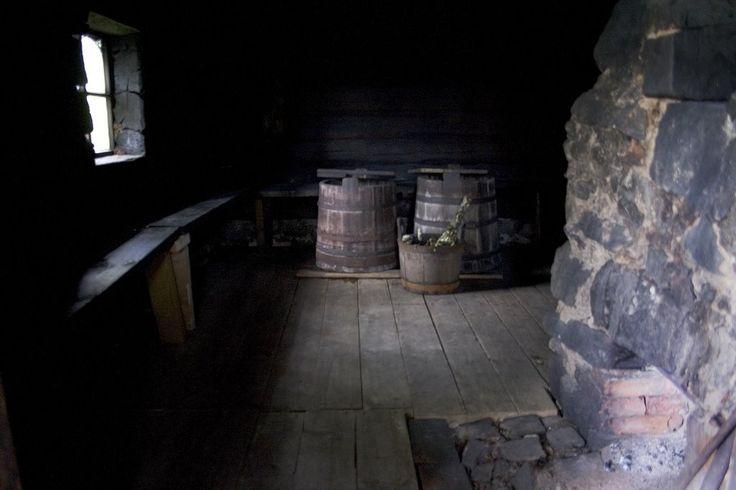 Smoke Sauna interior, Soääre Farm Museum