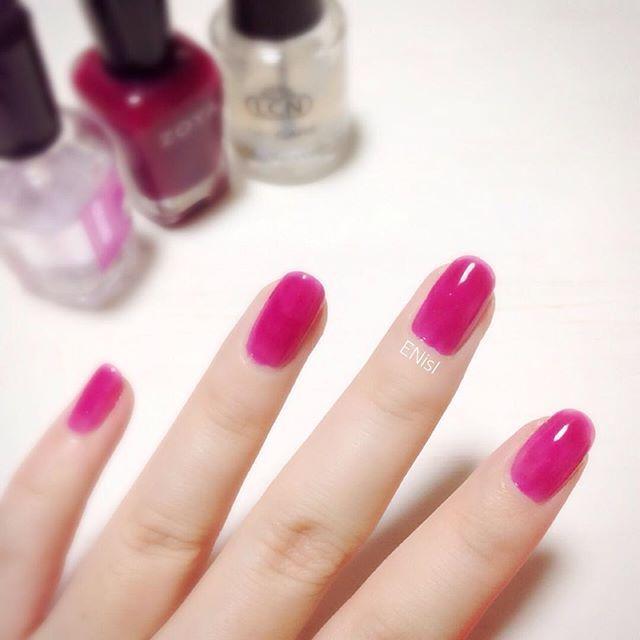 【#シロップネイル】 #nail #nails #polish #rosepink #kawaii #simple #fashion #glosscolor #onecolor #ZOYA #ネイル #ポリッシュ #マニキュア #ローズピンク #シンプル #ファッション #ワンカラー #単色塗り #ENisI