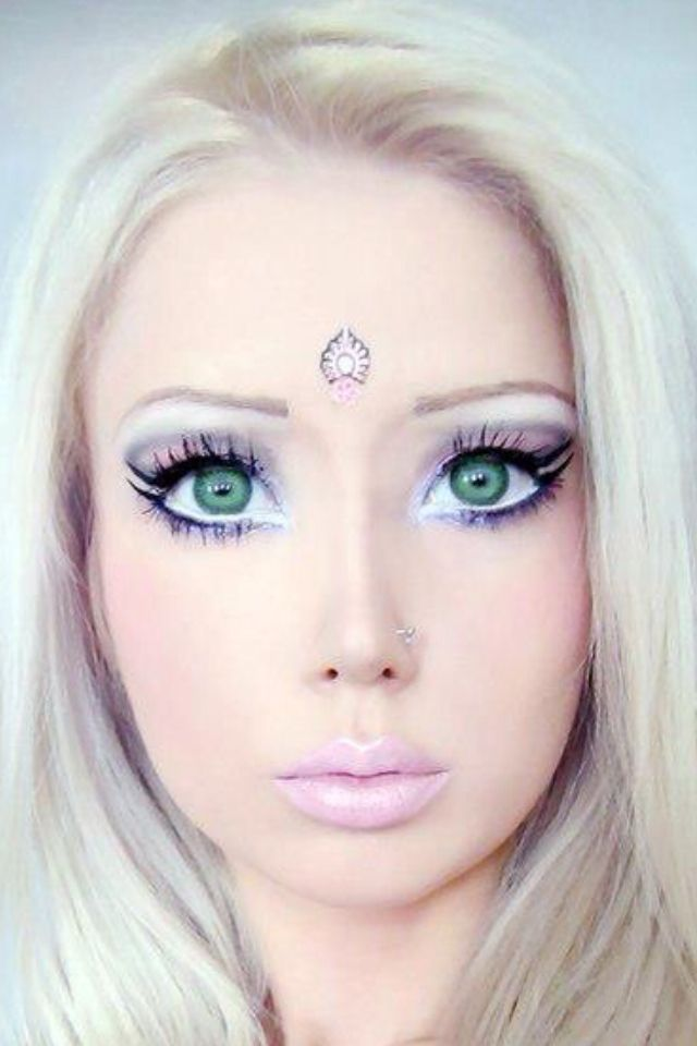 Barbie Makeup: 54 Best Human Barbie Images On Pinterest
