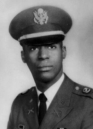 ohn Earl Warren, Jr. (November 16, 1946 – January 14, 1969) was a United States Army officer and a recipient of America's highest military decoration — the Medal of Honor — for his actions in the Vietnam War. Warren joined the Army from New York City in 1967.