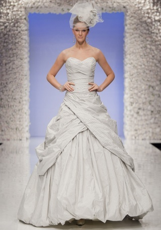 ian stuart - libertine; obsessed with this dress.
