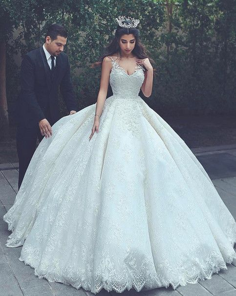 2417 best wedding dresses images on Pinterest | Formal prom dresses ...