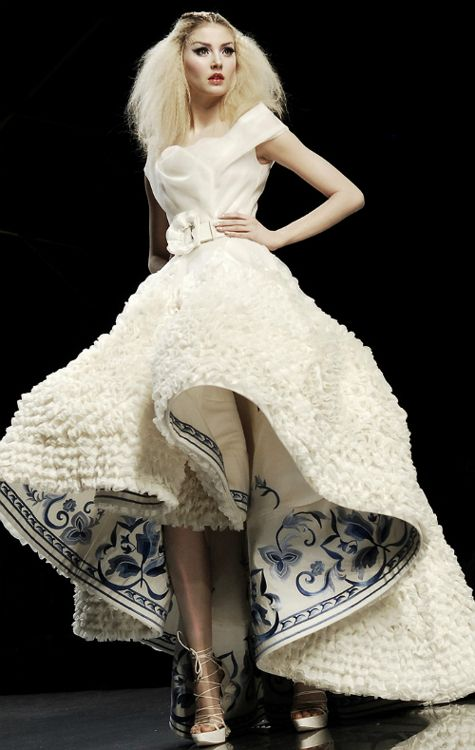 Alexandra Tretter for Christian Dior Haute Couture Spring/Summer 2009.