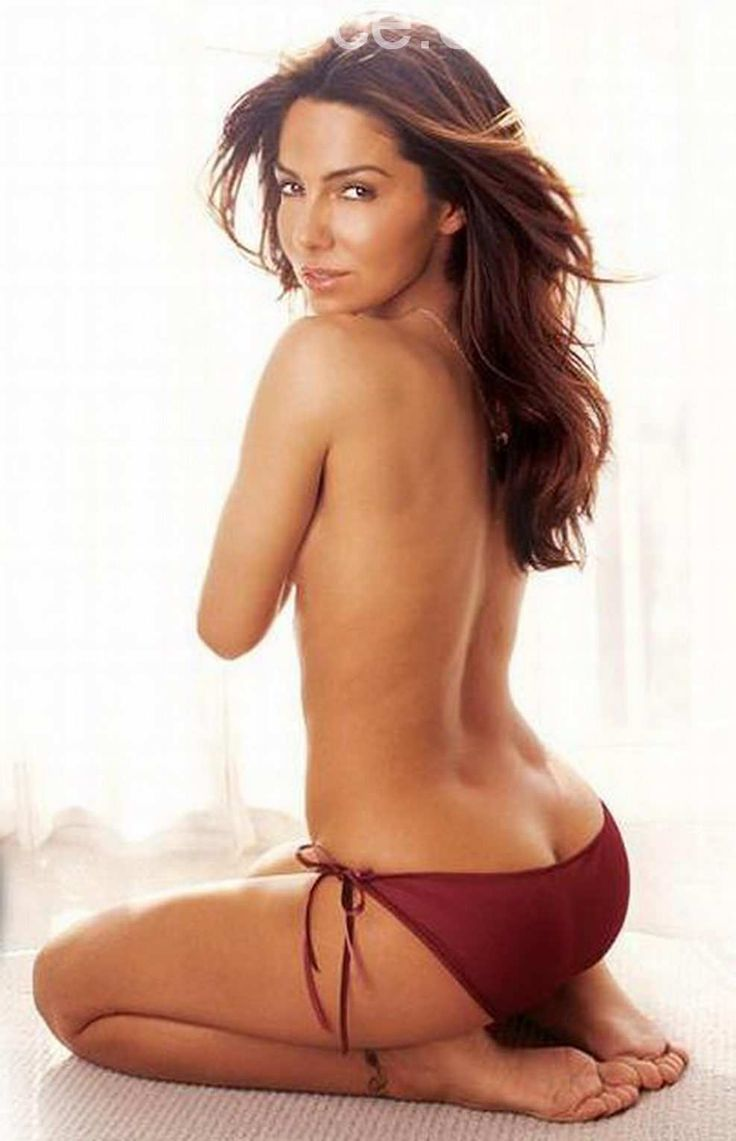 vanessa marcil boobs uncovered