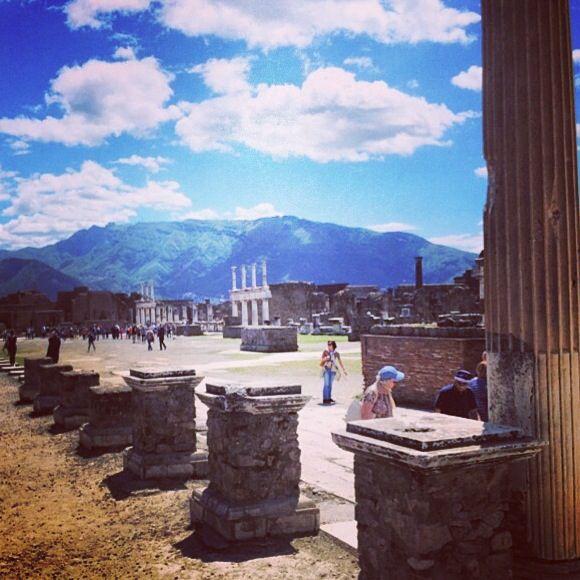 The Forum of Pompeii - Ruins of Pompei #pompei #museum #ruins #pompeii…