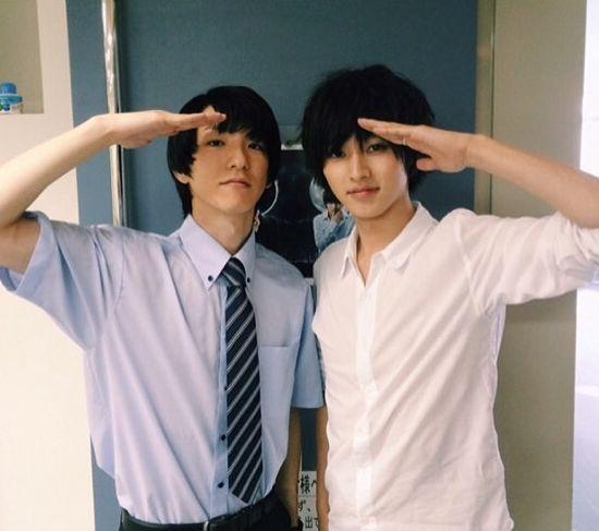 "Gouki Maeda as Matsuda x Kento Yamazaki  [Preview, Ep.6 #1] https://www.youtube.com/watch?v=WiAc2AWpWjU   [Preview, Ep.6 #2] https://www.youtube.com/watch?v=OCyDp4tQUrU    Kento Yamazaki, Masataka Kubota, Hinako Sano, Yutaka Matsushige.  J drama series ""Death Note"", 08/02/'15 [Ep. w/Eng. sub] http://www.dramatv.tv/search.html?keyword=Death+Note+%28Japanese+Drama%29"