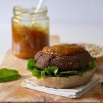 hambúrgueres de feijão preto // black bean burgers