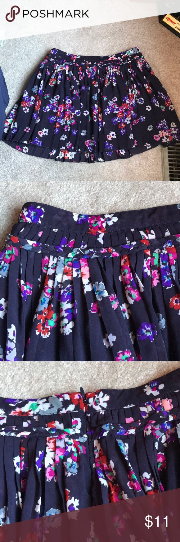 [American Eagle] Flowered Skirt Lightly worn, in good condition!!! Purple flower skirt, with braided around the top. Has an extra layer underneath. Cute for spring!!! American Eagle Outfitters Skirts Midi