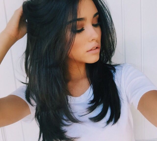 ~madison beer~ hey I'm madison, but call me madi. I'm jacks little sister. I'm 18 and single. I like to sing, skateboard, and listen to music. I'm a bit of a bad girl and I love to throw parties. *smiles* come say hi.