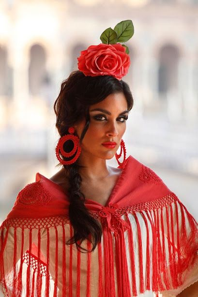 #fashionfactory Spanish women outfit