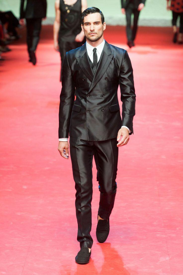 43 best Fashion P2 images on Pinterest | Ropa de caballero, Desfile ...