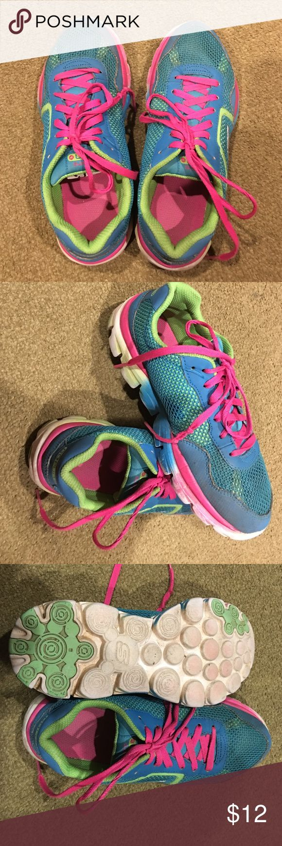 Skechers size 4 big kid Bright color good shape Skechers for girls size 4 Skechers Shoes Sneakers