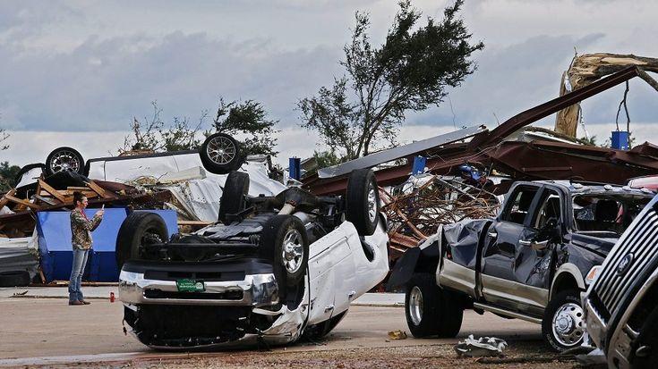 Embereket öltek a viharok három amerikai államban | 24.hu