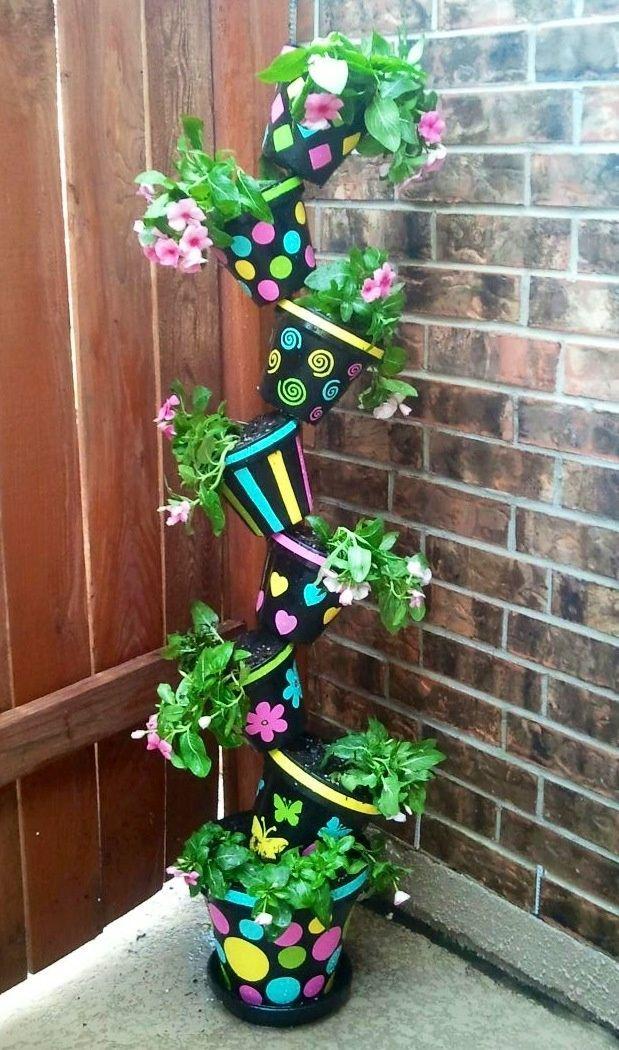 topsy turvy flower pots on a pole   topsy+turvy+flower+pots+on+a+pole   Tipsy Turvy Flower Tower