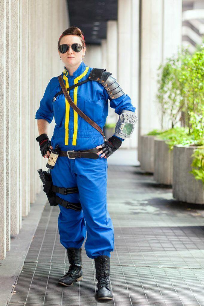 Fallout vault suit costume