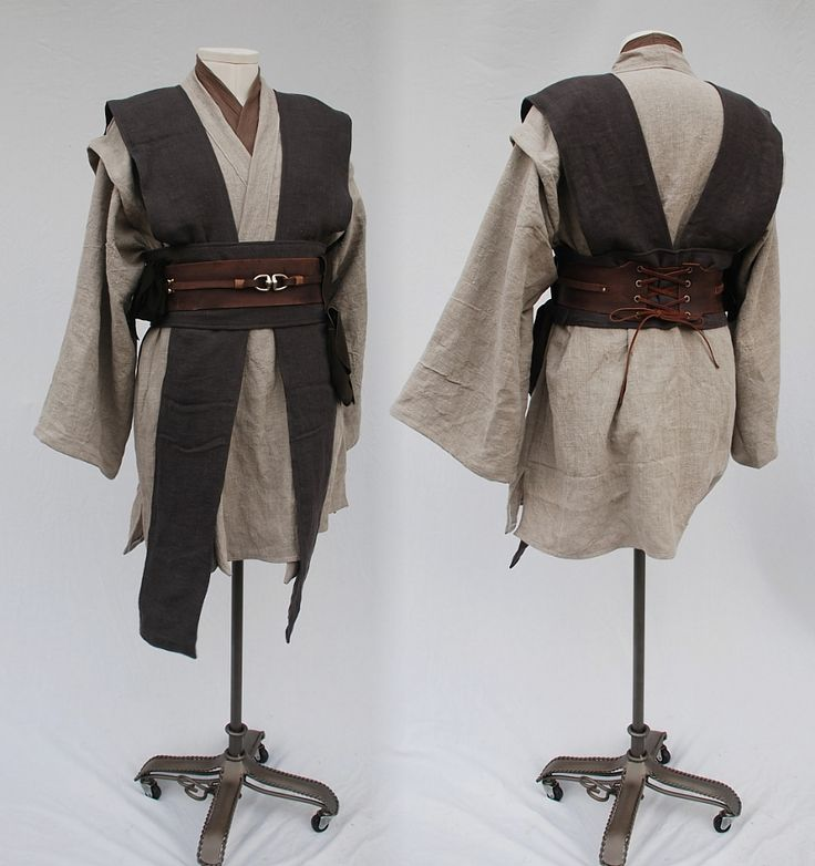 Clothing and Costumes Inspired by the Star Wars Universe from Twin Roses Designs. Costume Re-Creation and Construction by Andrea Wakely.
