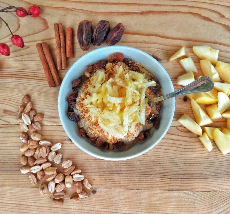 Pohánková kaša na raňajky. #pohanka #pohankovakasa #pohánková #kaša #obilniny #celozrnné #bezlepku #zdrave #jedlo #vegan #nitra #slovensko #slovakia #healthyrestaurant #restaurant #buckwheat