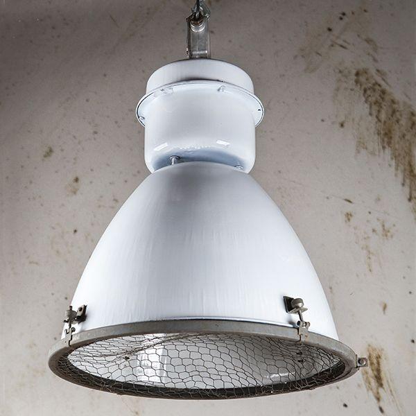Industrielamp Type Stalin wit - Vintagelab15.com