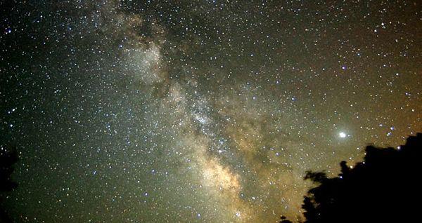 Turismo astronómico y observación de estrellas, el mejor cielo del mundo está en Jaén