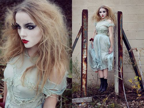 Makeup - Cool Halloween ghost.... beautiful but still scarry with those spiderish eyelashes