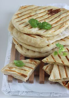 gruziński chlebek z grilla