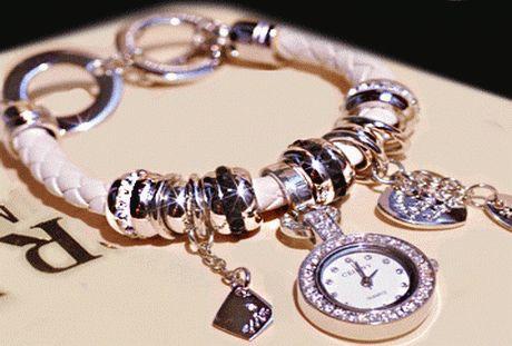 """Модные часы-браслет станут поистине удачным дополнением в имидже любой """"стильной штучки"""".              Каждая женщина может выразить свой собственный стиль, формируя колье и браслеты сама.http://a8.ooppp.ru/c/bfe"""