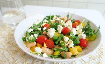 Recept: Snelle Lunch Salade met Bonen en Geitenkaas - Optima Vita